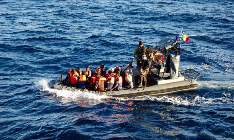 Un bateau de réfugiés s'échoue au large de l'Australie