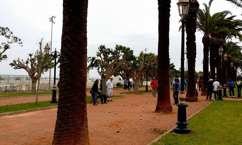 Le club Stade marocain de pétanque de Rabat a remporté la première place du tournoi de la première édition du Marathon de pétanque «championnat de 16 heures». Ph : DR