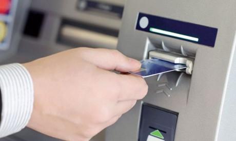 Cartes bancaires : le ticket moyen chez  les commerçants baisse de 30% en 3 ans