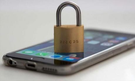 L'Australie dévoile un projet de loi qui vise à pouvoir surveiller les messageries des criminels sur Internet. Ph : AFP