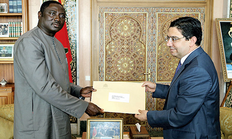 Nasser Bourita reçoit le ministre gambien des AE, porteur  d'un message du président Adama Barrow à S.M. le Roi