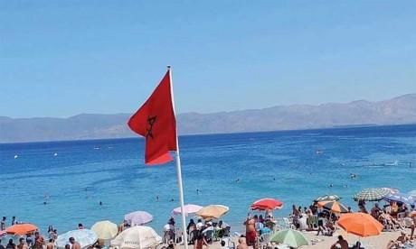 Une nouvelle génération d'unités mobiles de sensibilisation sillonne les plages du pays