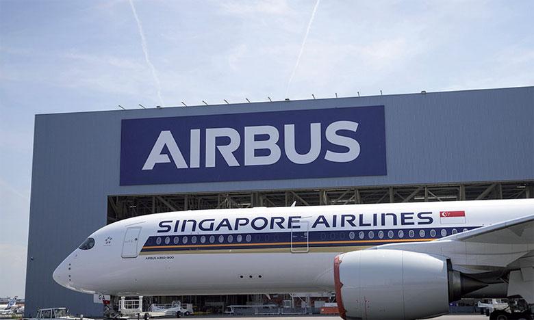 Le premier A350 XWB Ultra Longue Portée se déploie aux couleurs de Singapore Airlines.