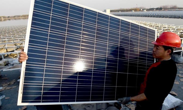 Droits de douane sur les panneaux solaires : Pékin porte plainte à l'OMC contre Washington
