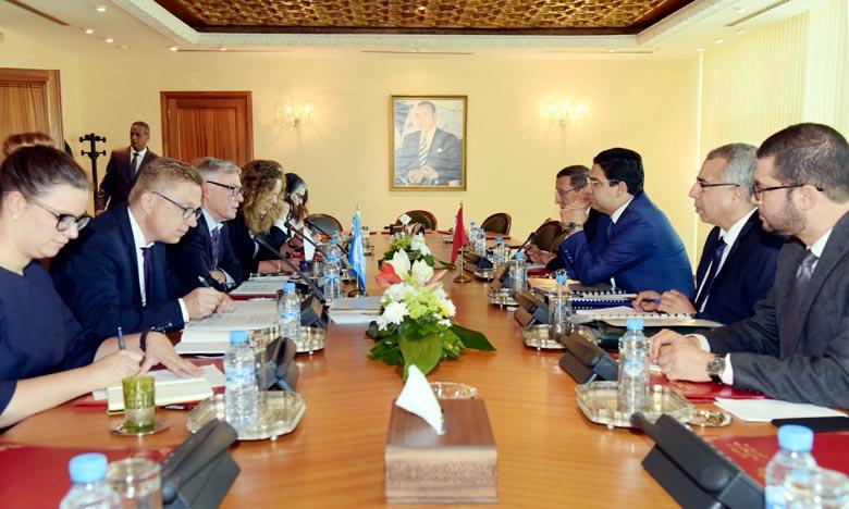 «Je suis satisfait de cette visite au cours de laquelle j'ai rencontré de nombreuses personnes et visité différents endroits», a affirmé Horst Köhler, Envoyé personnel du SG de l'Onu pour le Sahara. Ph : MAP