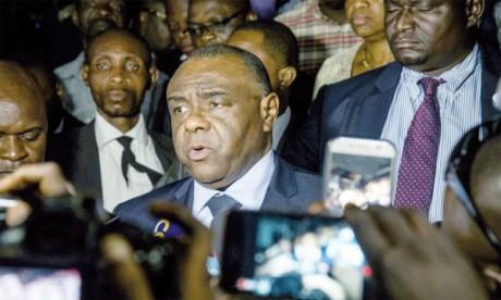 L'ex-chef de guerre Jean-Pierre Bemba a exprimé sa volonté de saisir lundi la Cour constitutionnelle après l'invalidation de son dossier par la commission électorale. Ph. AFP