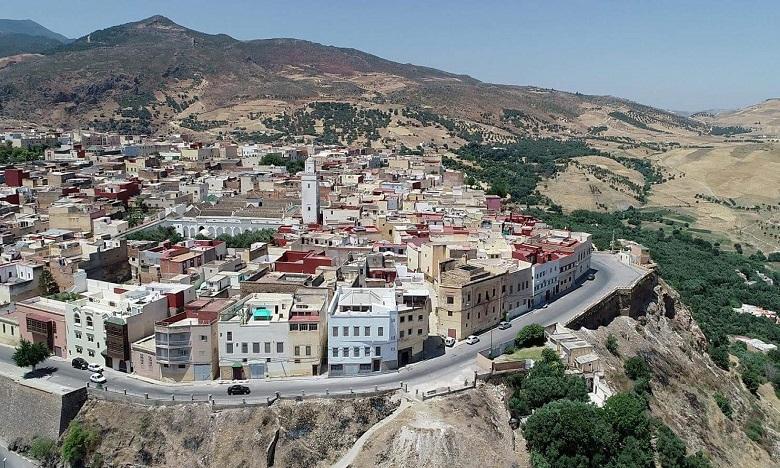 Les travaux d'aménagement ont nécessité un budget de plus de 13,7 millions de DH et concernent les quartiers sous équipés de Hajrat Gnaoua, Erbayez, Douar Ayad et El Koucha.