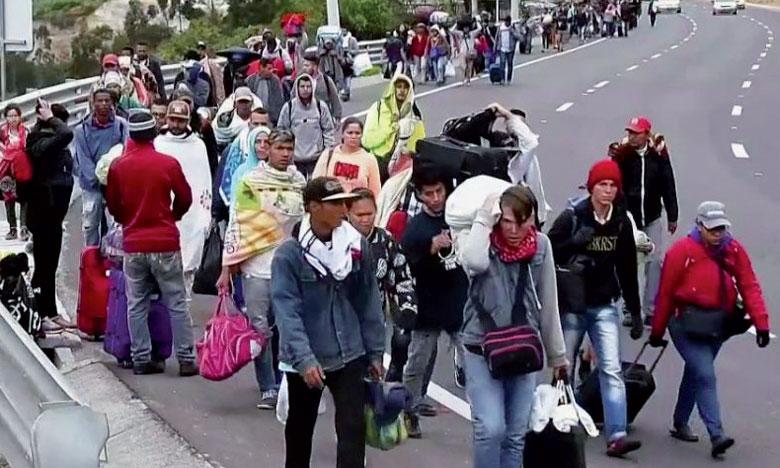 Fuyant la pauvreté, l'hyperinflation, la faillite des services publics et les pénuries dans leur pays, des centaines de milliers  de Vénézuéliens émigrent dans les pays voisins comme le Brésil, la Colombie, l'Équateur, le Pérou et le Chili.                               Ph. DR