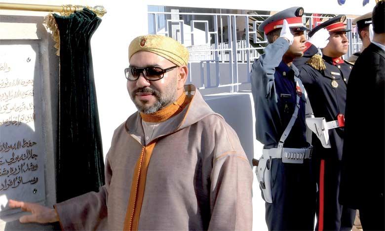 2 juin2018: S.M. le Roi Mohammed VI a procédé, à Tit Mellil, à l'inauguration d'un Centre de formation et d'insertion des femmes et des jeunes.                                                                                                                                                                        Ph. MAP