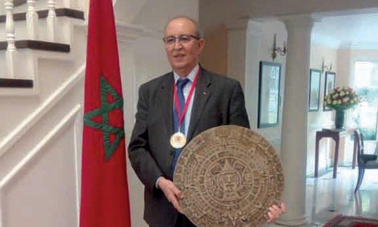 L'ambassadeur du Maroc au Mexique reçoit le Prix «Leon Del Desierto» à l'Université autonome de Chapingo