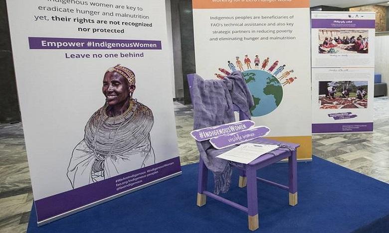 L'Initiative Chaise Violette invite les femmes autochtones à s'asseoir à la table des négociations.