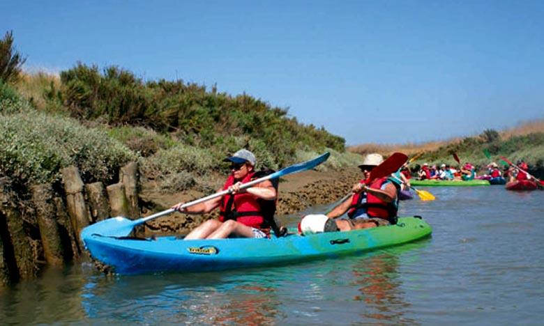 Le 2e meeting des sports nautiques de Salé a, pour but, de promouvoir les sports nautiques et plus particulièrement le canoë kayak. Ph : DR