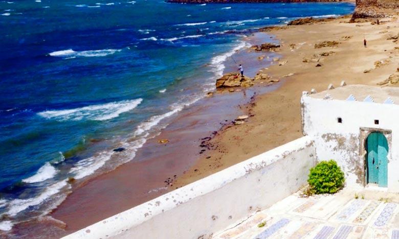 La Direction de la météorologie nationale (DMN) prévoit pour la journée du dimanche 19 août 2018, des températures maximales de l'ordre de 37/44°C sur  l'est des provinces sahariennes et la mer agitée à forte sur les côtes atlantiques entre Tanger et Asilah. Ph : DR