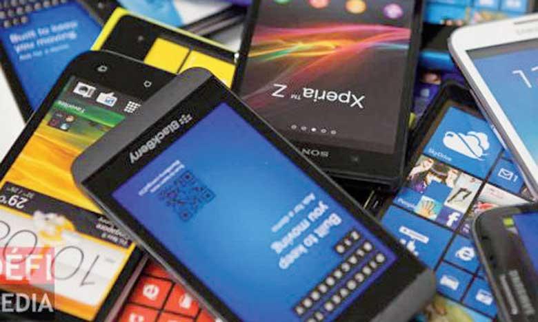 La diminution des livraisons de téléphones portables concerne également les portables classiques.