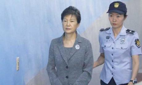 L'ex-présidente sud- coréenne Park condamnée à 25 ans de prison en appel