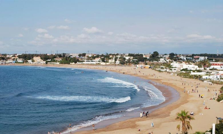 La DMN prévoit pour la journée du lundi et la nuit suivante, des températures maximales variant entre 38 et 43 °C sur l'intérieur des provinces du Sud et la mer peu agitée entre Tanger et Mohammedia. Ph : DR
