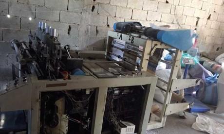 Démantèlement d'un  atelier  clandestin de fabrication de sacs  plastiques interdits