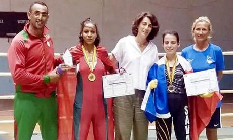 Oumaima Belouarath, engagée dans la catégorie des moins 48 kg, a battu la Française Flavie Lepretre, qui partait pourtant favorie pour remporter ce combat vu son expérience et palmarès. Ph : DR