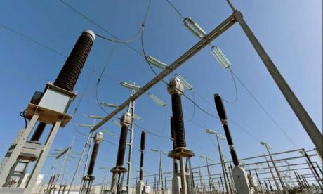 La mobilisation des équipes d'intervention de l'ONEE a permis le rétablissement de l'alimentation normale de l'électricité dans le centre de la ville de Taroudant. Ph : DR