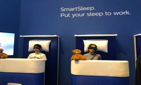 Amélioration du sommeil : le défi relevé par Philips SmartSleep