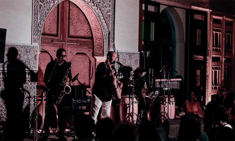 Majid Bekkas séduit l'assistance de l'Auditorium du Palais des institutions italiennes