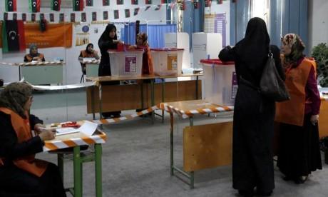 La France réclame des élections  pour la Libye