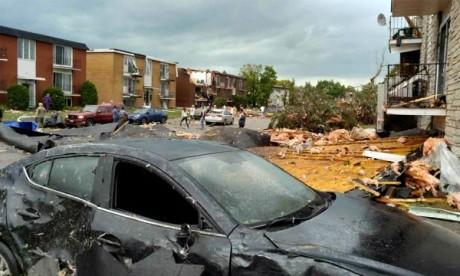 La tornade de catégorie F2 a poussé des rafales au-delà de 180 km/h dans l'ouest d'Ottawa et à Gatineau vers 17 h, ont endommagé des dizaines maisons. Ph : AFP