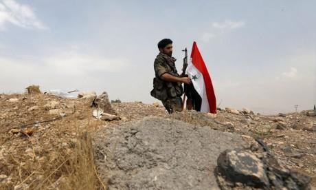 Explosions dans une base militaire  près de Damas