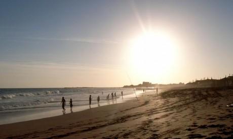 La DMN prévoit des températures de l'ordre de 38 à 43 °C sur le Gharb, le Loukkos, l'intérieur des provinces du Sud et du Souss et la mer peu agitée à agitée localement entre Tanger et Assilah. Ph : DR