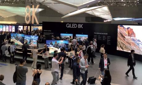 Intelligence artificielle et écran 8K, les constructeurs frappent fort