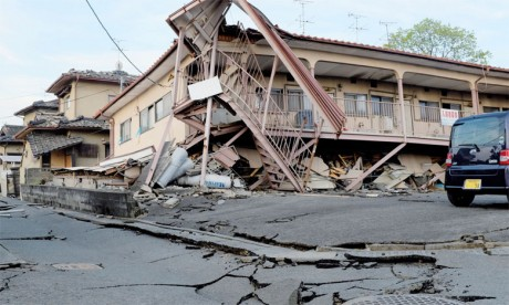 «Les dégâts auraient été bien pires, peut-être 50 fois pires, si de tels désastres s'étaient produits  en Europe ou dans d'autres régions d'Asie», estime Kimio Takeya, professeur à l'Université du Tohoku.  Ph. AFP