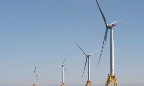 Selon la Commission mondiale sur l'économie et le climat, le changement de modèle économique est possible grâce à l'émergence de villes moins polluées ainsi que le développement d'une énergie propre, d'infrastructures et d'une agriculture plus compatibles avec l'environnement.                                                                                                                        Ph. AFP