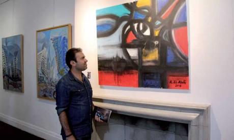 Le Salon international d'art contemporain connaît la participation d'artistes venus des cinq continents