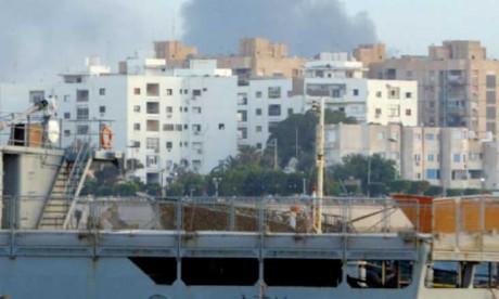 Plus de 1.800 familles déplacées par  les combats près de Tripoli