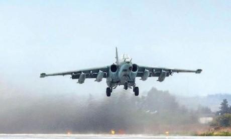 Un avion russe abattu par la défense syrienne, 15 morts