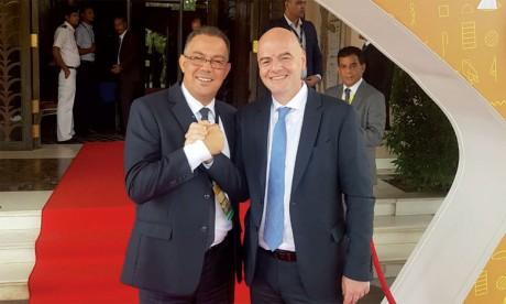 Fouzi Lekjaa annonce le soutien officiel de la CAF à la réélection de Gianni Infantino