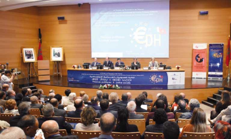 Les différents experts et responsables aussi bien marocains qu'étrangers qui sont intervenus à ce colloque ont soutenu que la justice sociale est l'affaire de tous. Ph. Saouri