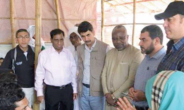 Le Parlement marocain représenté  lors d'une visite aux camps des  réfugiés Rohingyas au Bangladesh
