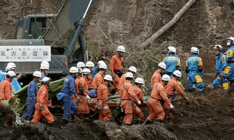 Des dizaines de milliers de secouristes sont toujours sur le terrain, intensifiant leurs efforts pour retrouver des survivants. Ph : DR