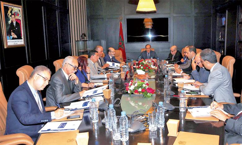 Les présidents de groupes et groupements parlementaires se sont informés sur les efforts déployés pour la création d'une chaîne parlementaire spécialisée.