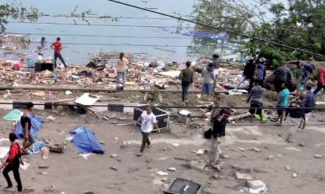 Le Président de la République se rend à Palu après un tsunami dévastateur
