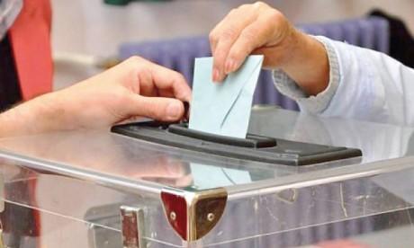 Les Russes aux urnes pour les élections locales et régionales