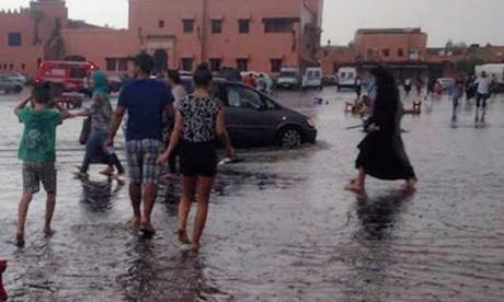 Réunion sur la protection  des collectivités locales  contre les inondations