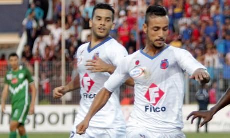 La victoire contre le Rapide Club Oued Zem (RCOZ) permet à l'Olympique Club de Safi (OCS) de rejoindre la première position avec 6 points. Ph : Seddik