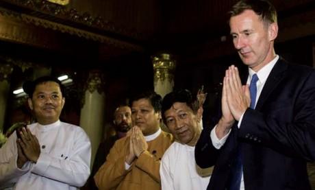 Le chef de la diplomatie britannique en Birmanie