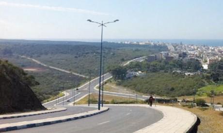 Réalisé dans un esprit de concertation en associant les responsables et les élus locaux, le Plan d'aménagement de Mehdia s'est assigné comme options majeures la préservation du capital naturel de la cité.