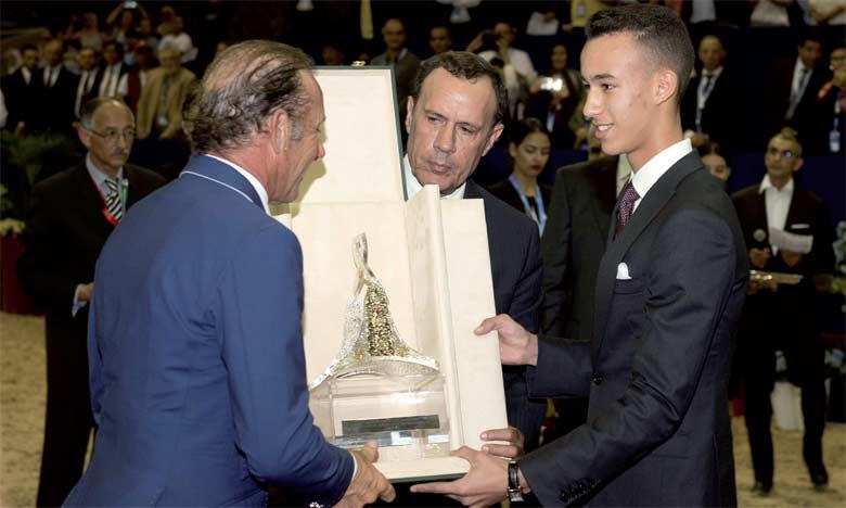 S.A.R. le Prince Héritier Moulay El Hassan préside à El Jadida la cérémonie de remise du Grand Prix de S.M. le Roi Mohammed VI de saut d'obstacles
