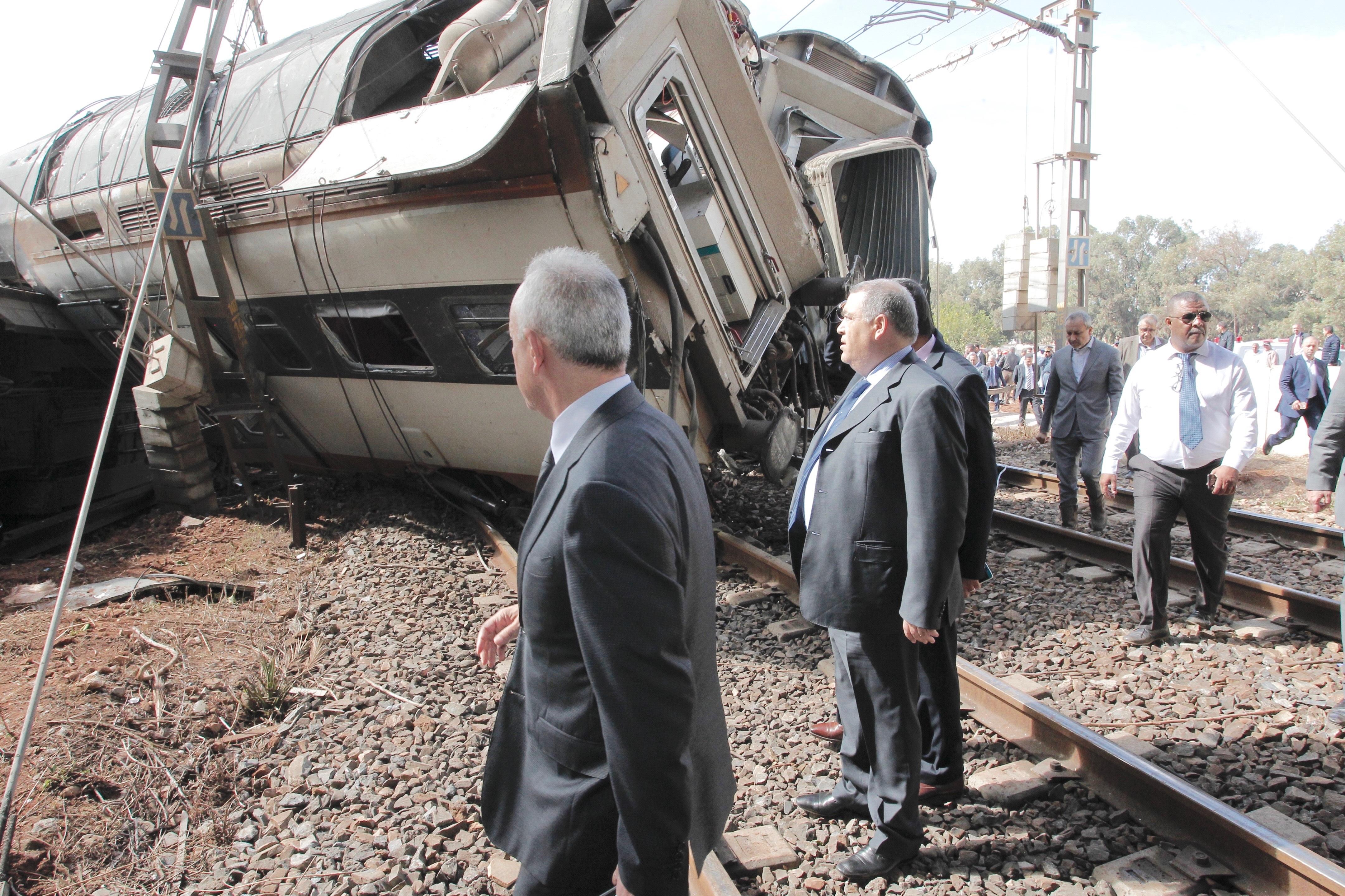 Hautes Instructions royales suite au déraillement tragique d'un train