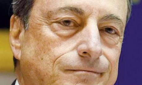 Mario Draghi Le président de la Banque centrale européenne, cible de critiques par des responsables italiens après ses remarques sur la situation de l'Italie, a déclaré lors d'une intervention à Bruxelles