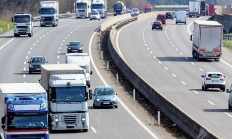 Les transports génèrent un quart des émissions de gaz à effet de serre en Europe et sont une cause majeure de pollution atmosphérique.Ph. DR